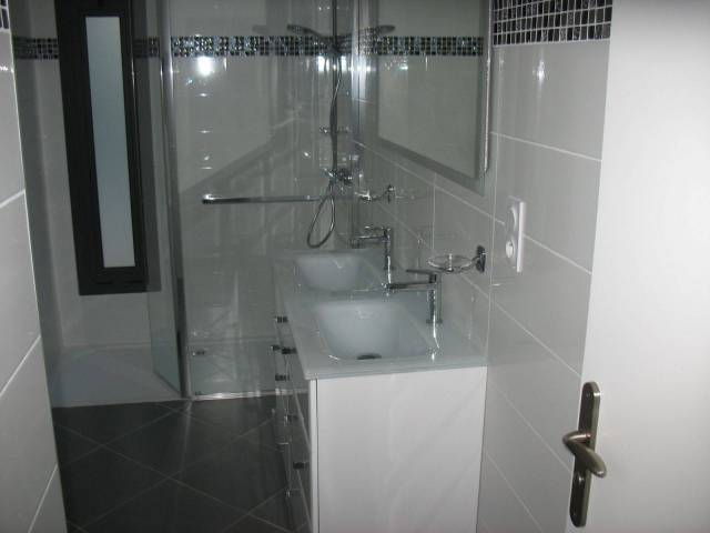 Salle de bain dédiée chambre parentale