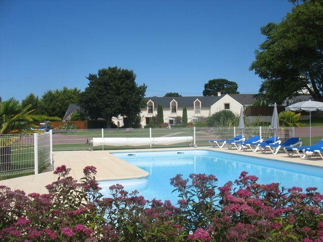 La piscine et ensemble des gites à Clohars Carnoet proche de Lorient Bretagne sud