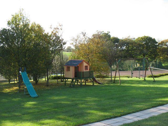 espace jeux enfants  Logis de penlan Clohars Carnoet finistere bretagne sud
